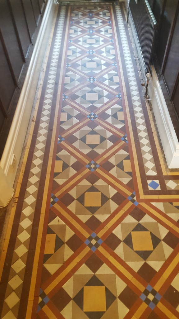 Victorian tiled hallway before cleaning Hebden